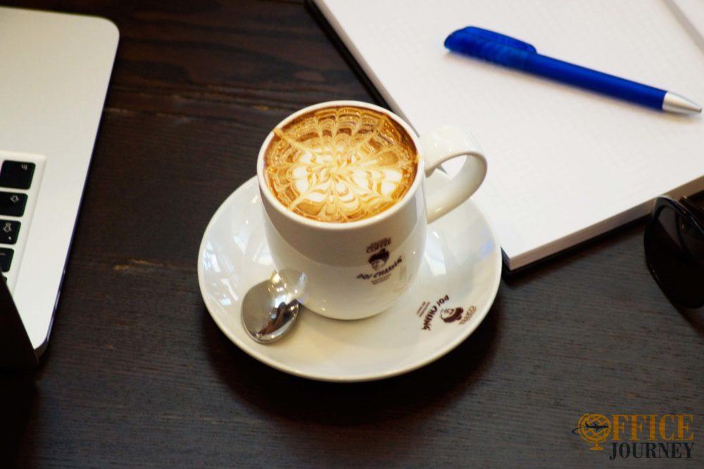 Cafés in Chiang Mai Beitragsbild inkl Logo